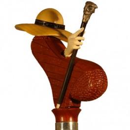 'Pamela' de boj y ébano, puño de madera de coral, bastoncito de ébano con búho de plata